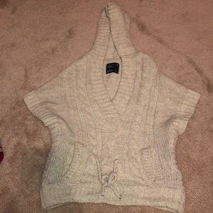 American eagle short sleeve sweater
